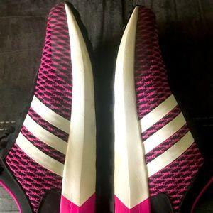 Women's adidas tennis shoes 8.5